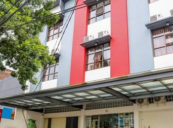 NIDA Rooms Lenkong Besar 62