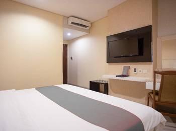 Igloo Hotel Bekasi - Double Room Regular Plan