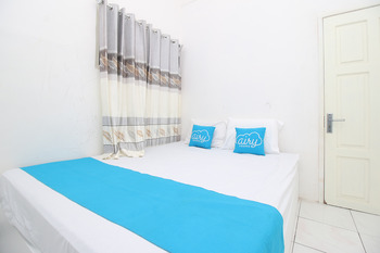 Airy Eco Syariah Mataram Ciamis B12 Lombok Lombok - Standard Double Room Only Special Promo 4