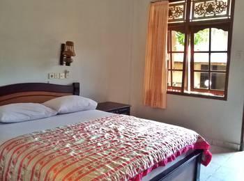 Taman Mekar Beach Inn Bali - Standard Room With AC Regular Plan