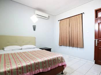 Taman Mekar Beach Inn Bali - Standard Room With AC Room Only Regular Plan