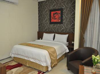 Regina Hotel Pemalang - Superior Room Regular Plan