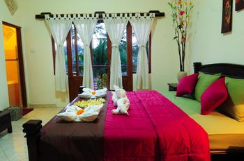 D' Meranggi Guest House Bali - Deluxe Room Regular Plan