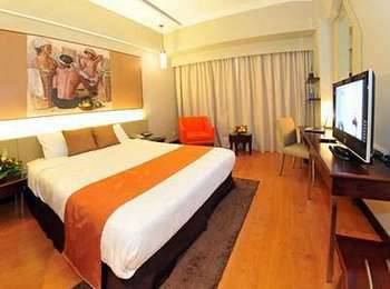 Grand Candi Hotel Semarang - Deluxe Room Only Regular Plan