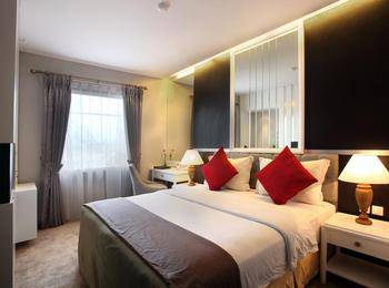 Gino Feruci Braga by KAGUM Hotels Braga - Deluxe Queen Room Only Regular Plan