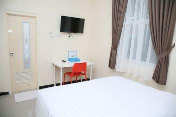 Griya Loka Pleburan Semarang - Double Room Regular Plan