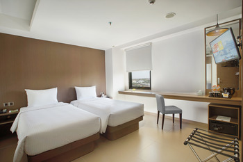 Malioboro Prime Hotel Yogyakarta Yogyakarta - Superior Twin - Room Only Regular Plan