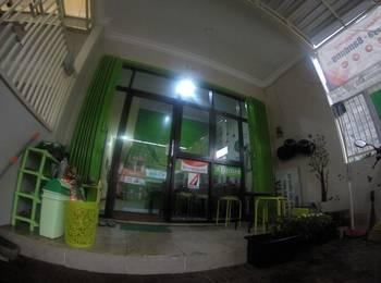 Tya Backpackers Malang - Bromo Male - (1 Kamar 4 orang) - HARGA 1 ORANG 1 KASUR Regular Plan