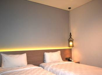 Hotel Rivoli Senen Jakarta Jakarta - Balcony Twin Room Only Regular Plan