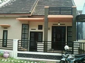 Araya Guest House