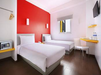 Amaris Hotel Bekasi - Smart Room Twin Regular Plan