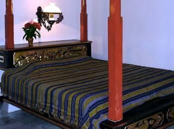 Puri Bunga Beach Cottage Lombok - Suite Room SAVE 50%