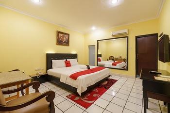 RedDoorz Plus near Ancol Jakarta - RedDoorz Room Regular Plan