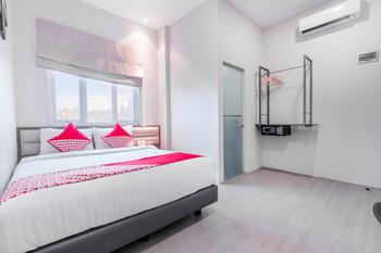 OYO 537 Versa Hotel Bekasi - Deluxe Double Room Regular Plan
