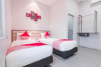 OYO 537 Versa Hotel Bekasi - Deluxe Twin Room Regular Plan