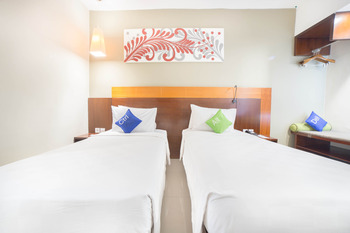 Prime Biz Kuta - Superior Room Transit 12 Hour Usage and Free Airport Shuttle ENJOY 50% for Transit