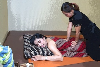 Hotel Horaios Malioboro Jogja - Horaios Spa Superior Room With Breakfast Regular Plan