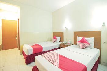 OYO Flagship 1511 Galaxy Inn Bandung - Standard Twin Room Regular Plan