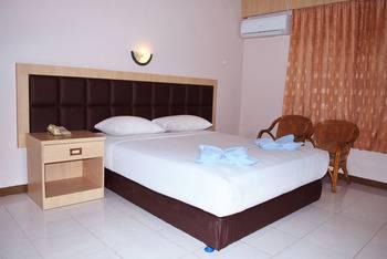Hotel Furia Tanjung Pinang - Standard Executive Room Regular Plan