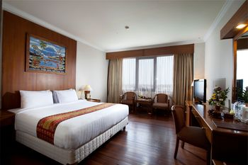 Grand Inna Malioboro - Deluxe King Bed Room Only FLASH SALE 60%