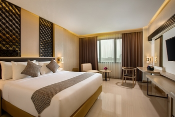 Grand Inna Malioboro - Deluxe Premier King Bed PROMOTION 50% OFF