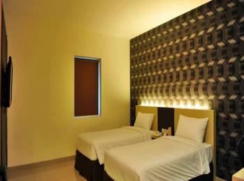 Hotel Jolin Makassar - Deluxe Twin Room Only Regular Plan