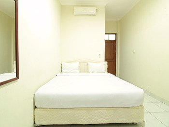Hotel Astria Graha Bandung - Deluxe Double Room Regular Plan