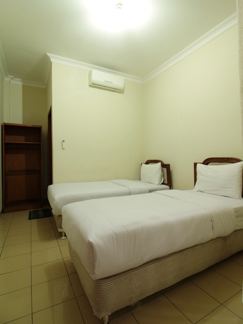 Hotel Astria Graha Bandung - Standard Twin Room Regular Plan