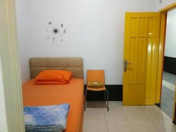 Emweka Pavillion Balikpapan - Standard Room Regular Plan