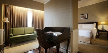 Royal Kuningan Hotel Jakarta - Premiere Room Only Regular Plan