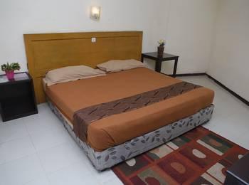 Cherry Pink Hotel Medan - Standard A Regular Plan