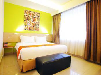 Avira Hotel Makassar Panakkukang - Suite Room Regular Plan
