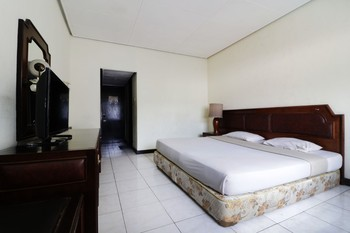 Hotel Istana Bandung Bandung - Deluxe room Special Deal