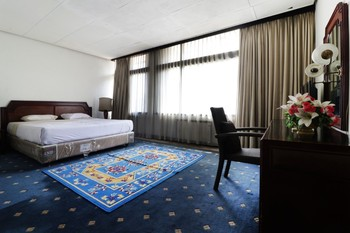 Hotel Istana Bandung Bandung - Suite Stay More, Pay Less