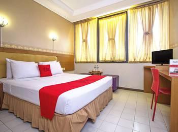 RedDoorz Plus @ Sukamulya Pasteur 2 - RedDoorz Room Regular Plan