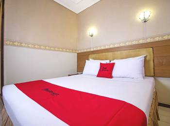 RedDoorz Plus @ Sukamulya Pasteur 2 - RedDoorz Room 24 Hours Deal