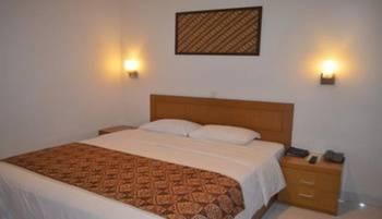 Hotel Syariah Arini Solo - Deluxe Room Regular Plan