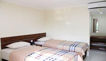Bamboe Inn Homestay Bandar Lampung - Standard Twin Room with Breakfast Regular Plan