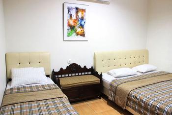 Bamboe Inn Homestay Bandar Lampung - Familly Room Only Regular Plan