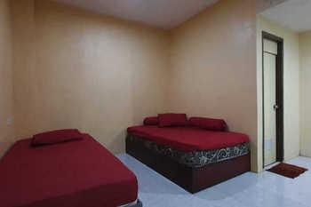 Serayu Guest House Syariah Samarinda - Twin Room Gajian