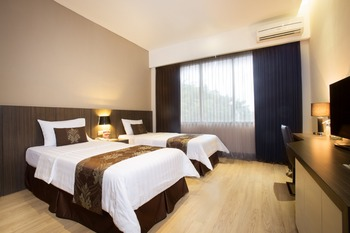Grand Kecubung Hotel Kotawaringin Barat - Superior Room Superior Weekend Best Deal