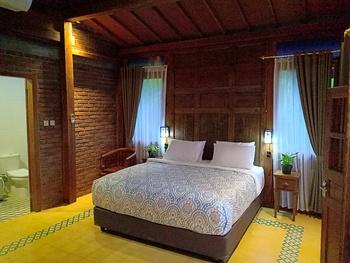 The Amrta Borobudur by Haz Room