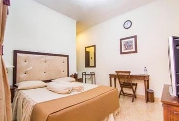 Adalia Homestay Semarang - Standard - Room Only Promo Minimum Stay 3 Malam