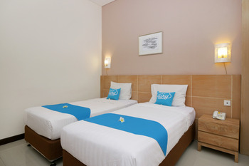 Airy Seminyak Eka Laweya 8 Kuta Bali - Superior Twin Room Only Special Promo Aug 33