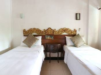 Pering Bungalow Bali - Standard Twin Special Deal