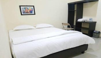Hotel Surya Pontianak Pontianak - Superior Room Only Regular Plan