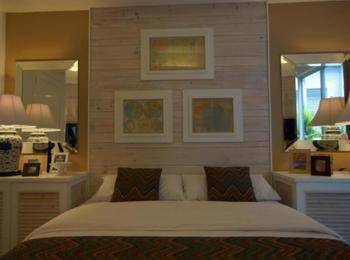 Summerhome Seminyak  Bali - Deluxe Room Last Minute Deal