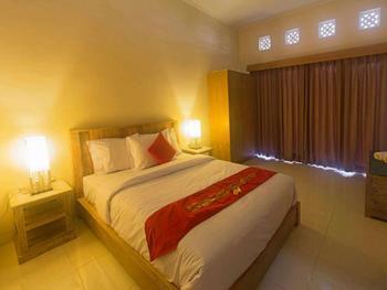 Kubu Kenak Guesthouse Bali - Deluxe Room Breakfast NR Minimum Stay 2 nights