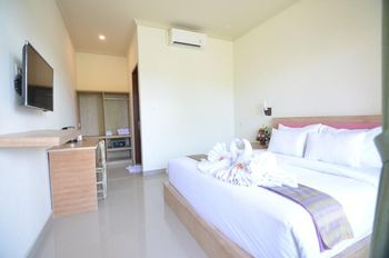 Bumbak Co-Living Bali - Standard Double Room (Room Only) Basic Deal