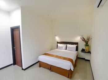 Gajah Mada Hotel Tarakan Tarakan - Deluxe Room Regular Plan